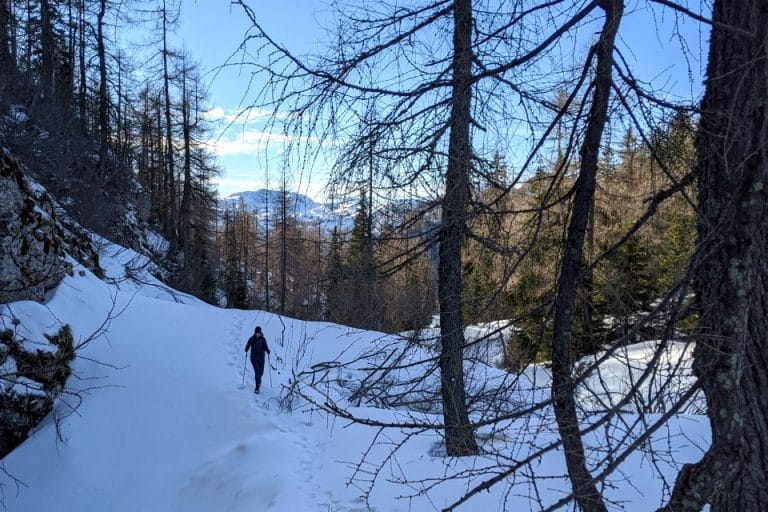 winter-hiking-bohinj