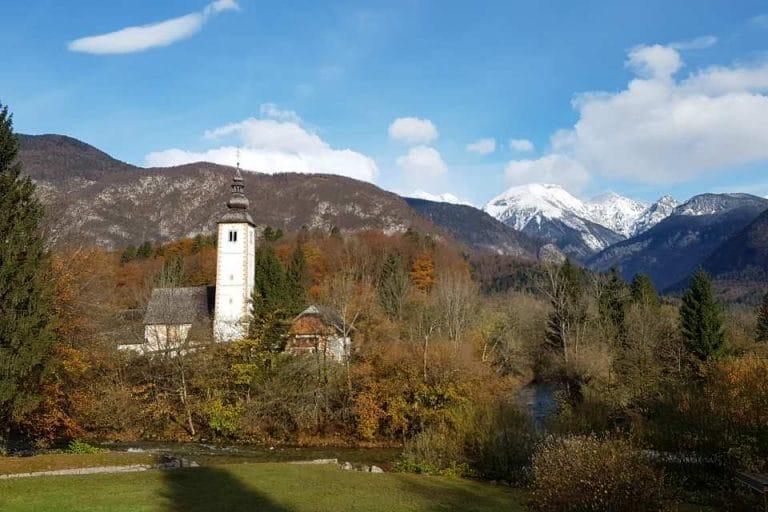 autumn-view-church-lake-bohinj