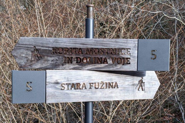 mostnica-gorge-sign-post