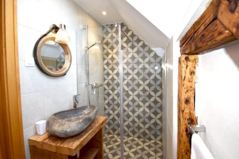 Escape to Bohinj En-Suite Bathroom