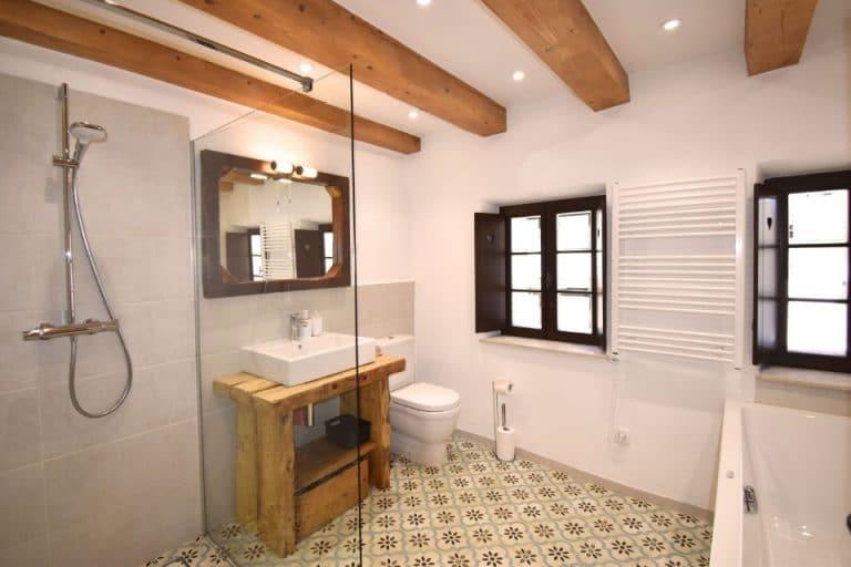 Escape to Bohinj Holiday House Family bathroom, a luxury vacation rental in Bohinj Slovenia